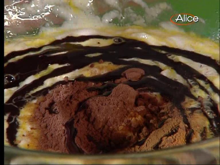 Ricette tv cheese cake con salsa di cioccolato - Ricette monica bianchessi pronto in tavola ...