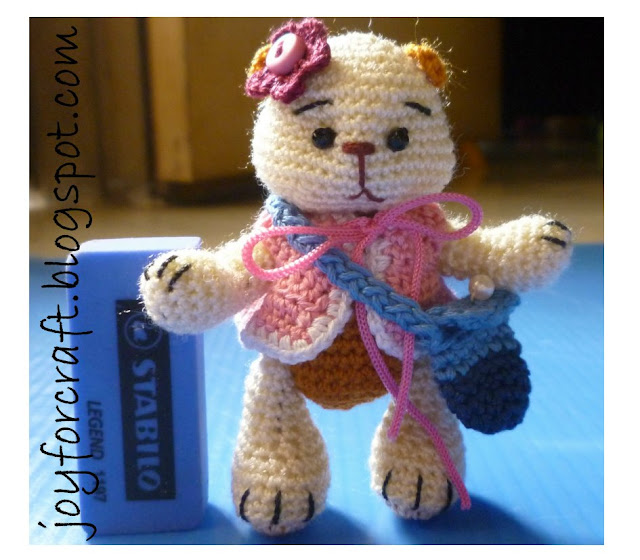 crochet miniature thread bear cute amigurumi pattern mini blouse and bag