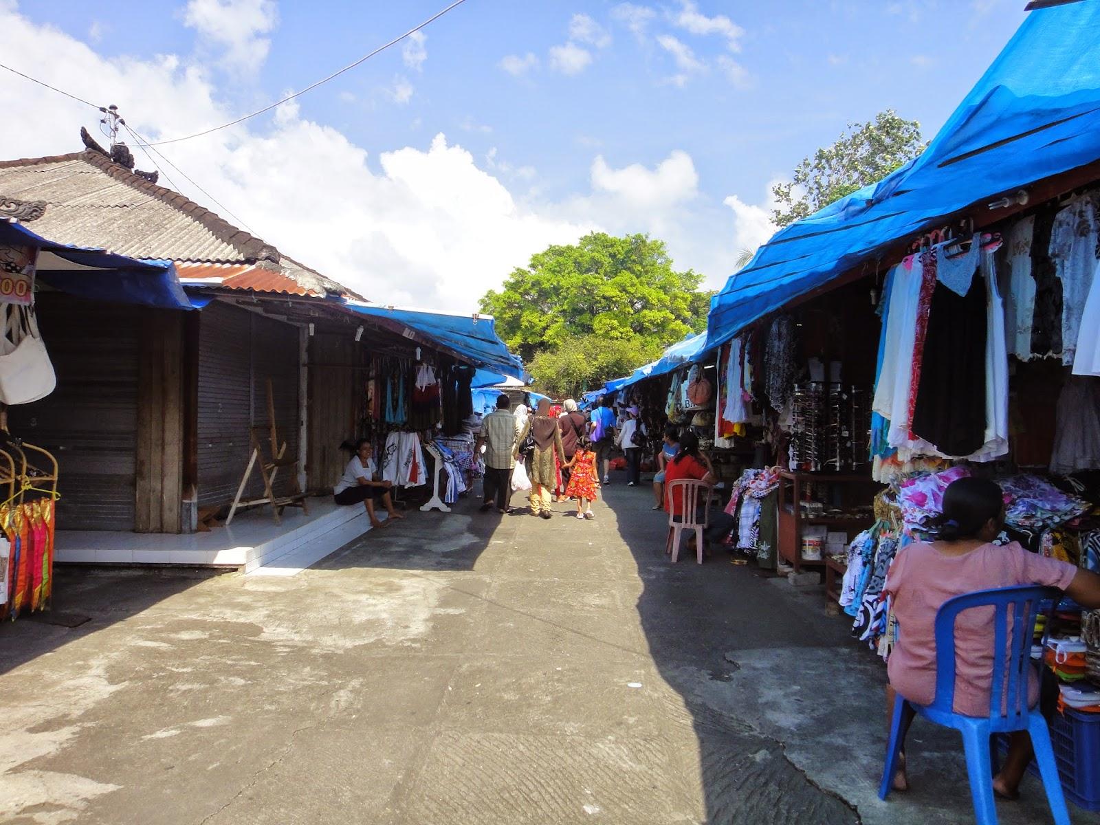 Pura Tanah Lot Market Bali Island