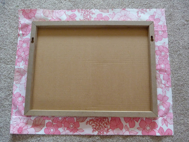 DIY handmade pin board using retro vintage fabric quick and easy second hand susie blog