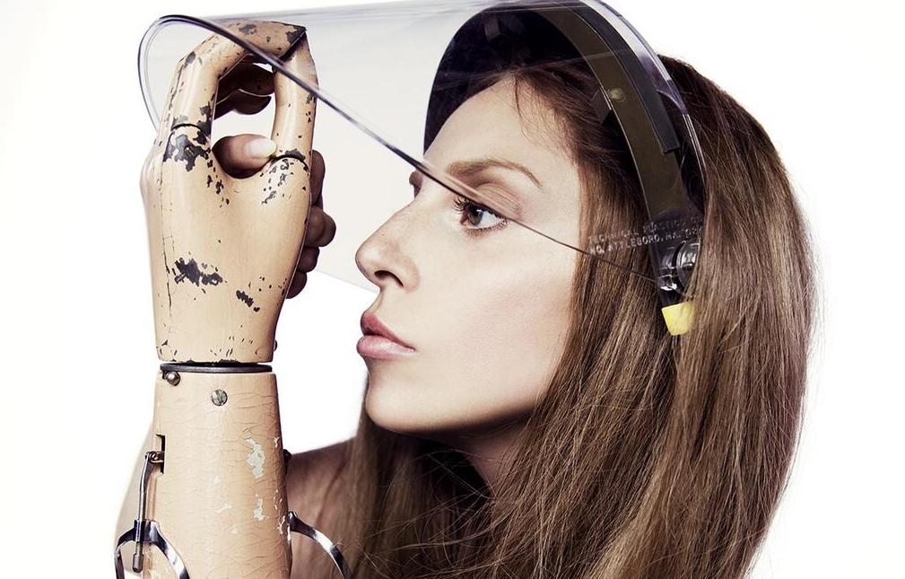 Lady Gaga Artpo...