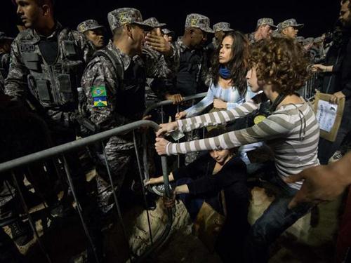 Marcha das Vadias: Uma Exigência de Respeito Sem Respeitar o Próximo