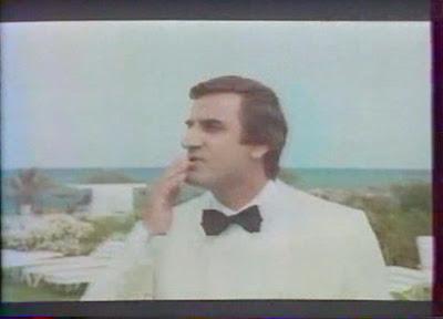 Aldo Maccione - Tais-Toi Quand Tu Parles