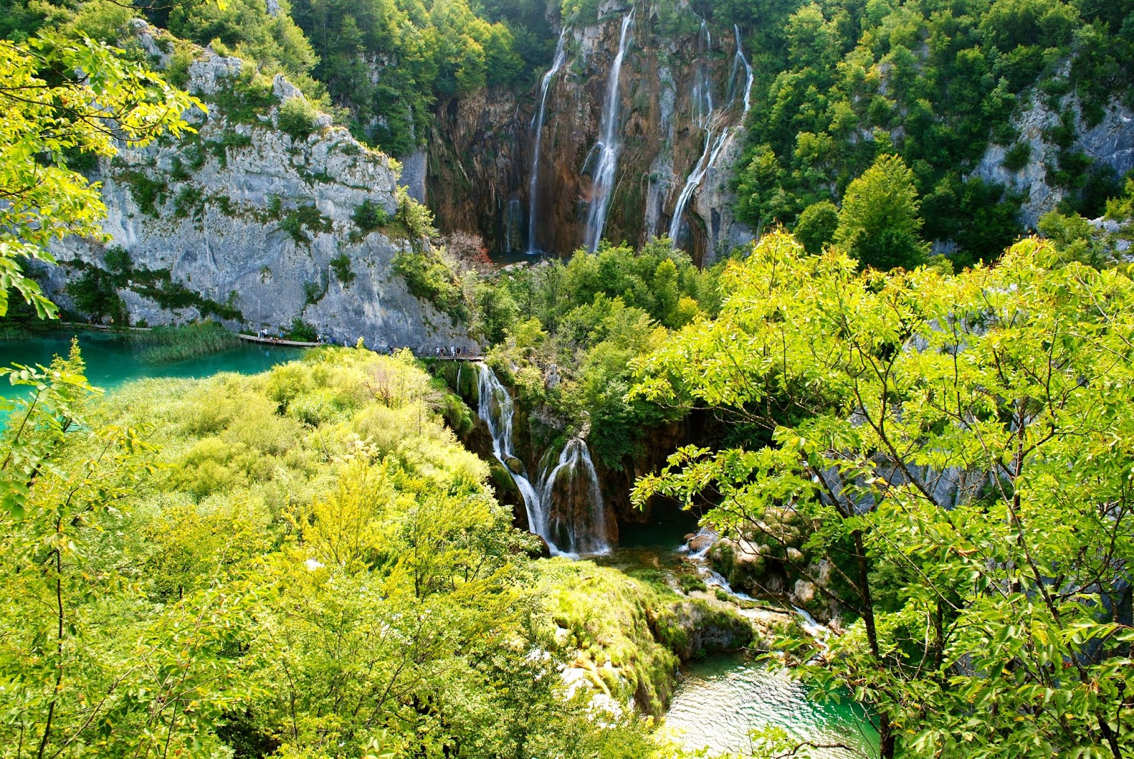 Plitvice Lakes National Park day trip from Split with Viator