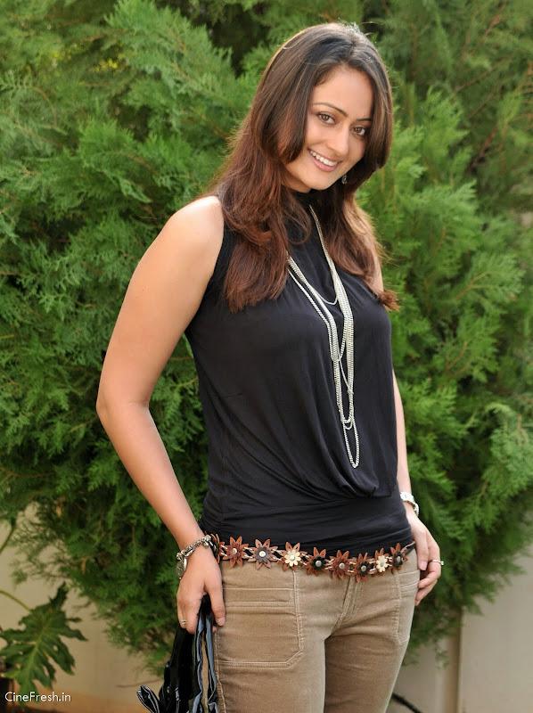 Kaveri Jha Hot Stills Actress Kaveri Jha Cute Photos unseen pics