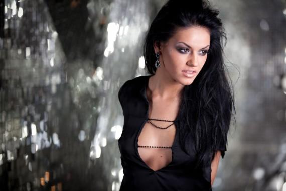Alexandra stan romanian singer showed when jumping ass - 2 part 3