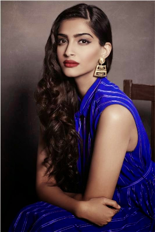 Sonam Kapoor hot sexy hd wallpapers