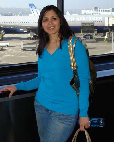 Spicy Desi Bhabhi's Hot Stills at Airports