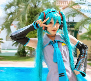 Kuuya Cosplay as Vocaloid Hatsune Miku