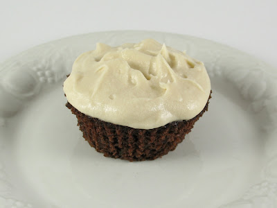 chocolate zucchini cupcake w/ cream cheese frosting