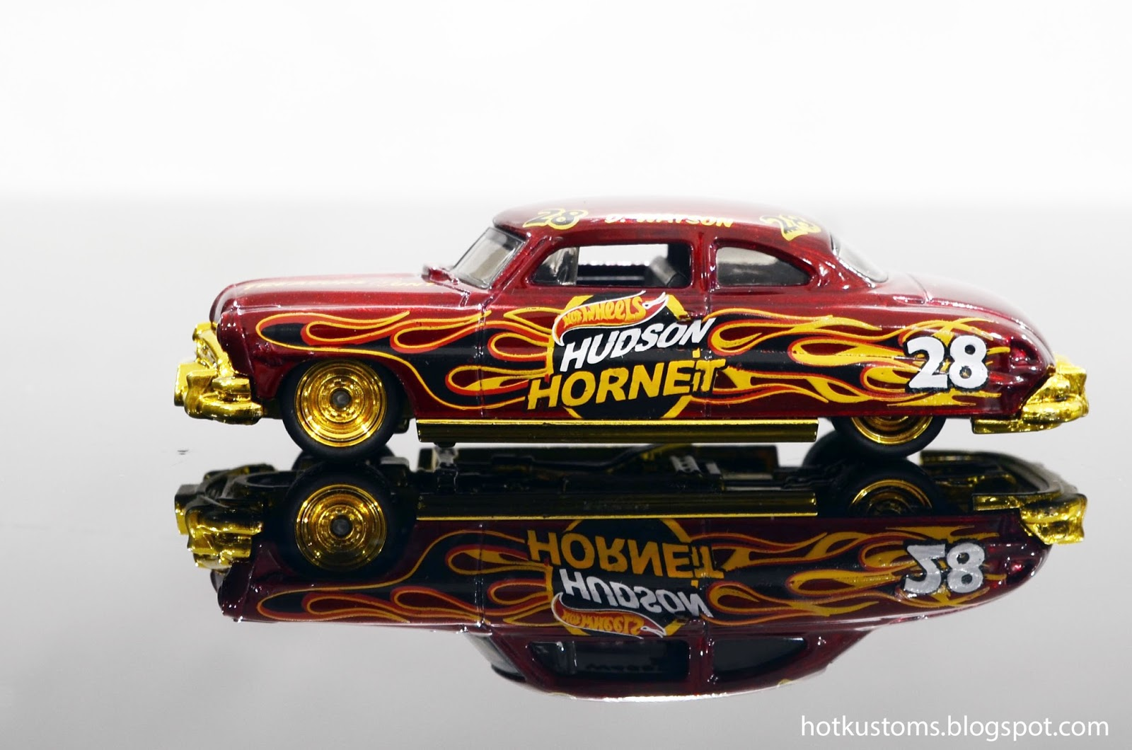 Hot kustoms mini cars 2016 39 52 hudson hornet super for 9 salon hot wheels 2016