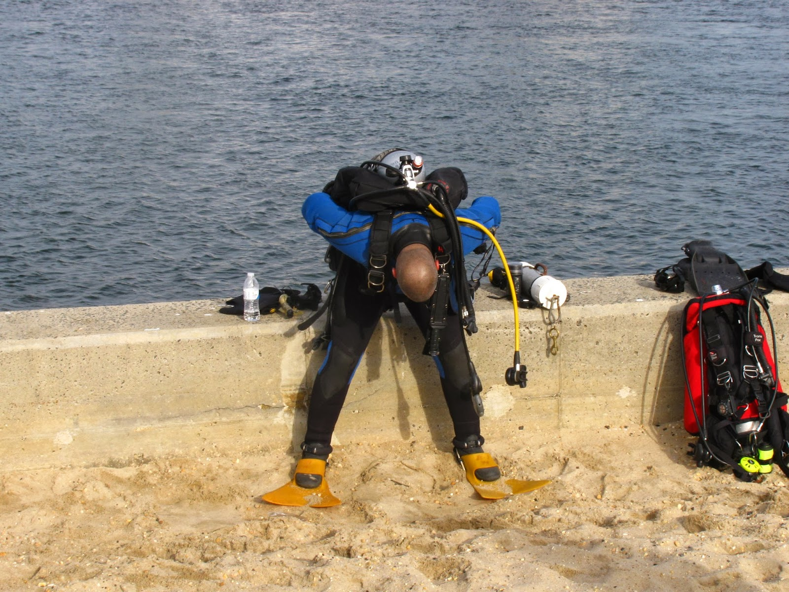 Point pleasant beach rescue dive team new years dive 2014 sometimes mother nature throws us a surprise this year it was a slack tide that ran almost two hours late the tide chart said the slack should be at nvjuhfo Image collections