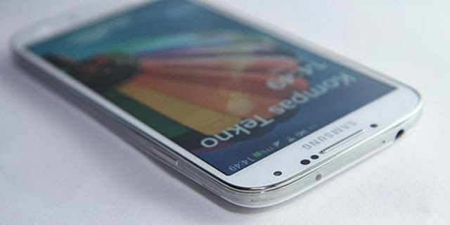 Wow, Galaxy S5 Bakal Ungguli iPhone 5S?