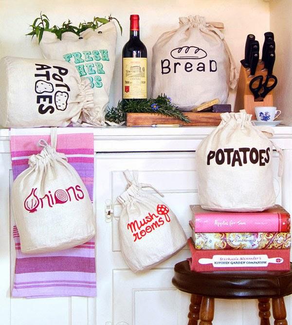 Handmade reusable eco friendly fresh produce storage bag from Harvest Haversack Etsy Shop