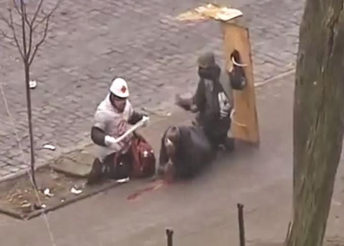 la-proxima-guerra-policia-dispara-a-matar-contra-manifestantes