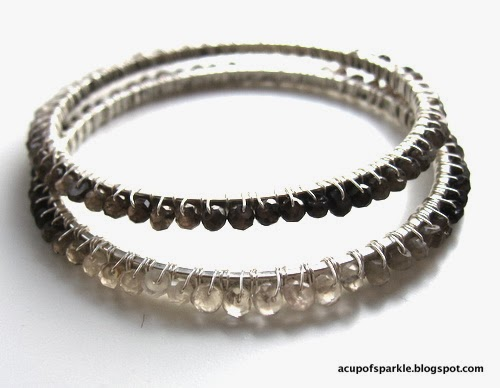 http://acupofsparkle.blogspot.com/2012/11/sparkling-bangle-bracelet-tutorial.html