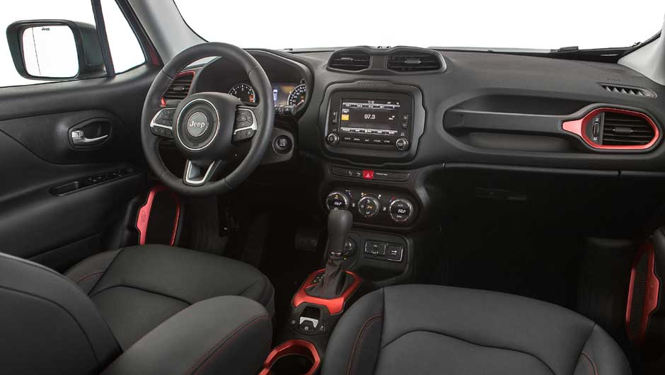 Jeep Renegade 1.8 Flex - interior