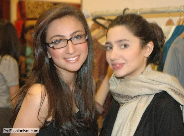 Mahira Khan and Anoushey Ashraf Pakistani Actress and VJ