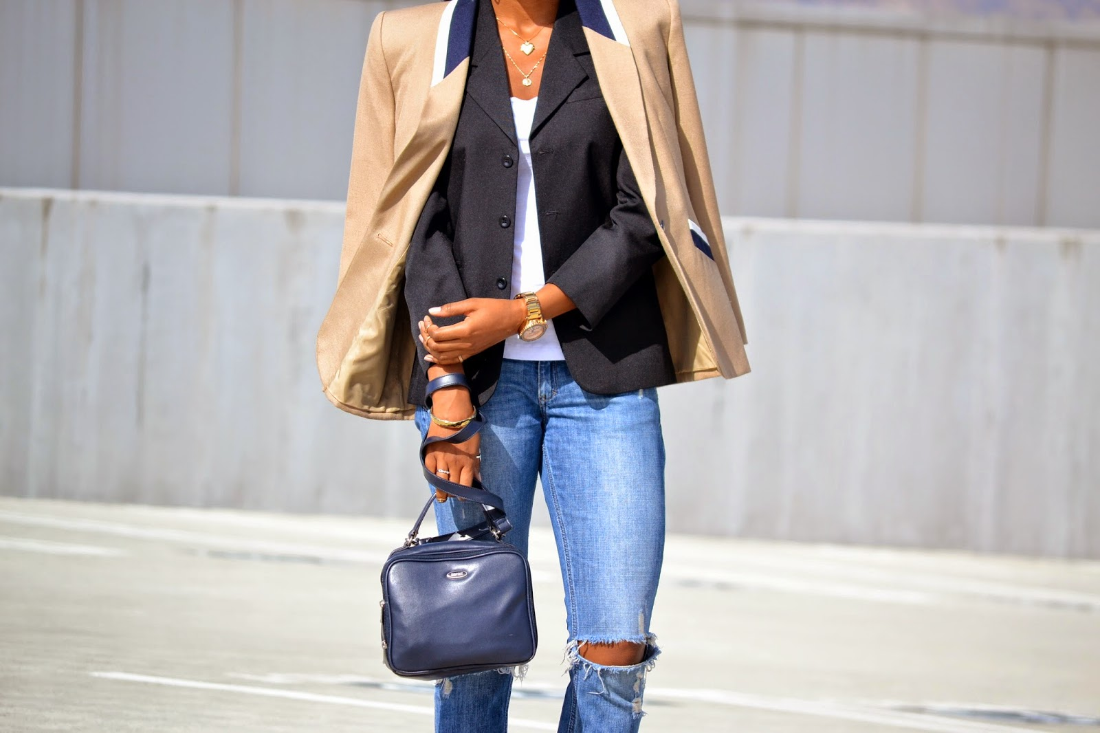 how to layer blazers with an Esprit bag