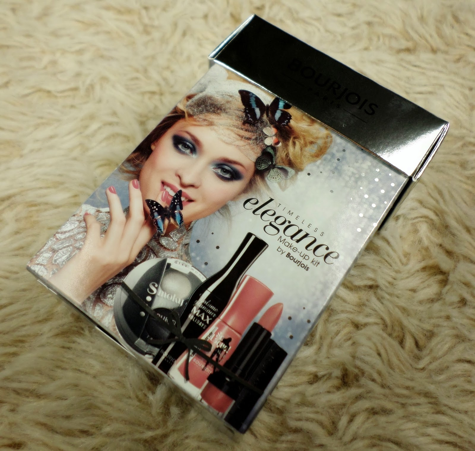 Bourjois Timeless Elegance Makeup Kit Boots Free Gift with Purchase