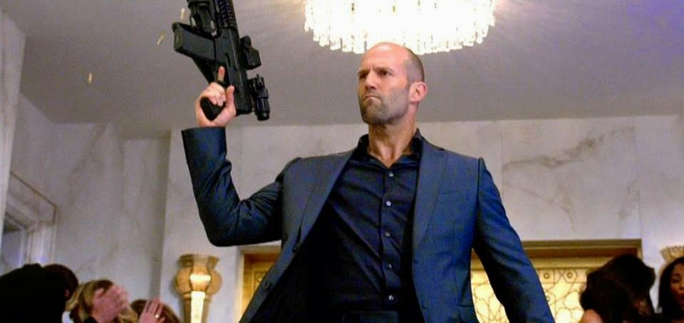 "Paul Walker e todo o elenco se reúne para a ""Última Corrida"" no explosivo trailer de Velozes e Furiosos 7"