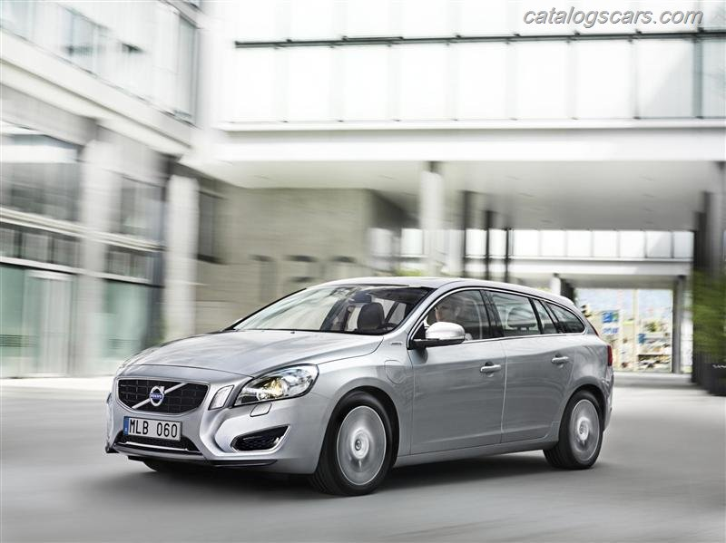 صور سيارة فولفو V60 بلج in هايبرد 2012 - اجمل خلفيات صور عربية فولفو V60 بلج in هايبرد 2012 - Volvo V60 Plug in Hybrid Photos Volvo-V60_Plug_in_Hybrid_2012_800x600_wallpaper_02.jpg