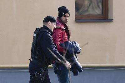 migránsok, illegális bevándorlás, Románia, Kiskomlós,