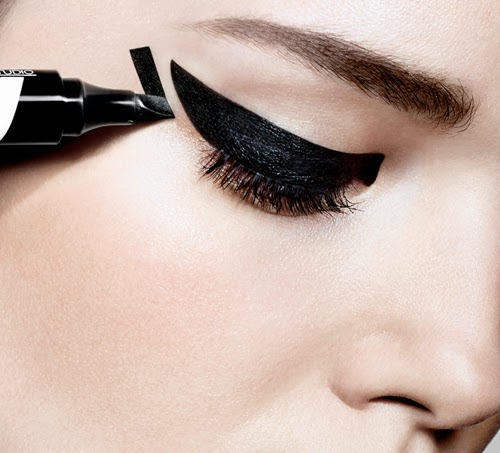Eyeliner Master Graphic de Maybelline NY