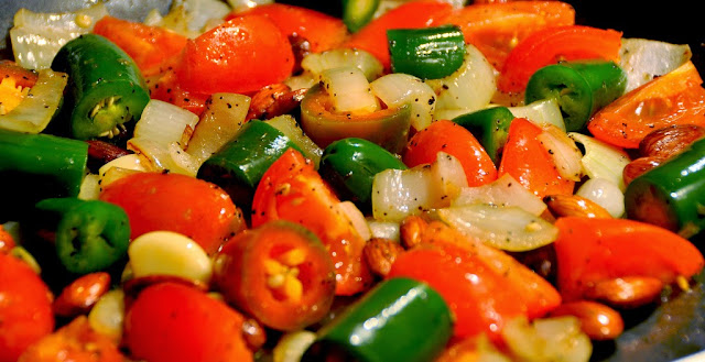 Fresh Salsa: tomato, onion, jalapeno, garlic