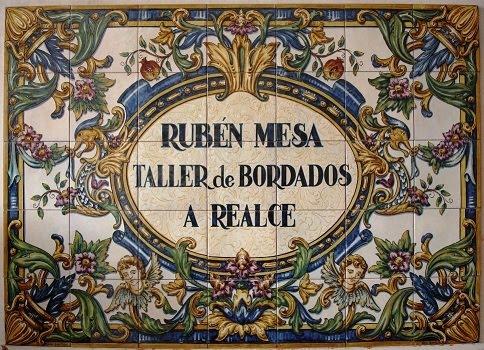 RUBEN MESA TALLER DE BORDADOS A REALCE