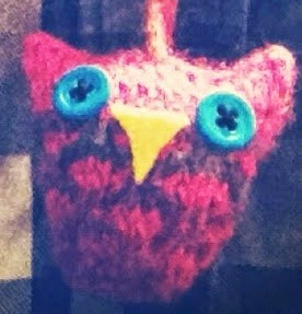 http://www.knitsbybritt.com/2012/11/owl-love-you-necklace.html