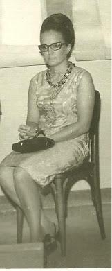 ****** ÁUREA BREDER (in memorian)  ****** em PONTE NOVA - MG 1969