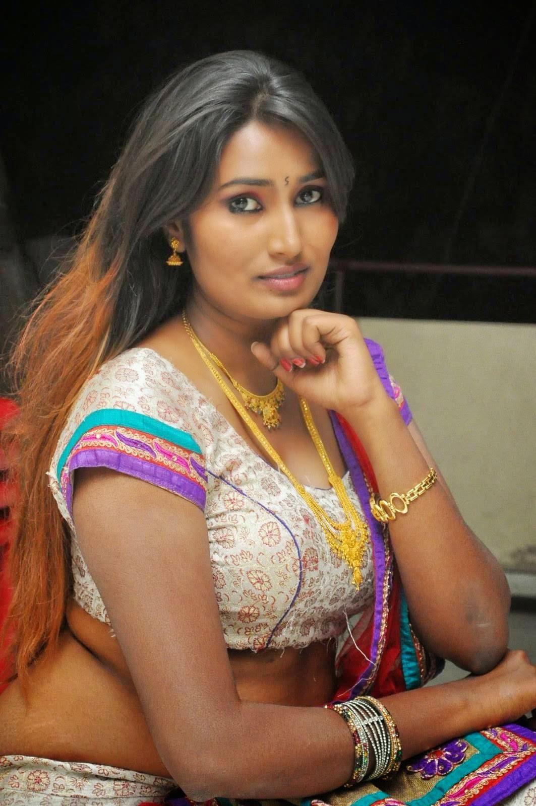 Swathi naidu showing my nipples