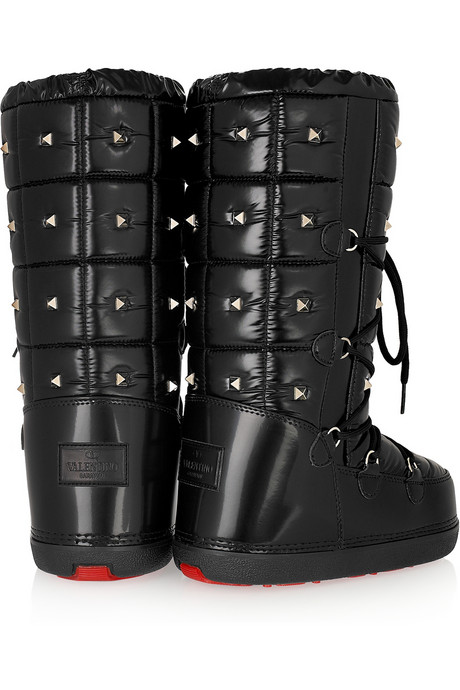 489d2e73005a The Shoeaslyum Valentino Studded Snow Boots