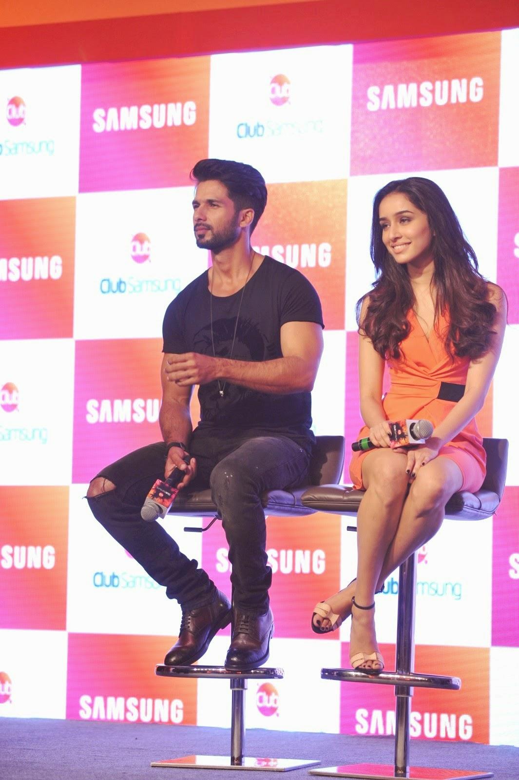 Shahid Kapoor,Shraddha Kapoor Launch Club Samsung