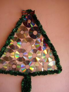idéias decoração de natal usando cds arvores de cds