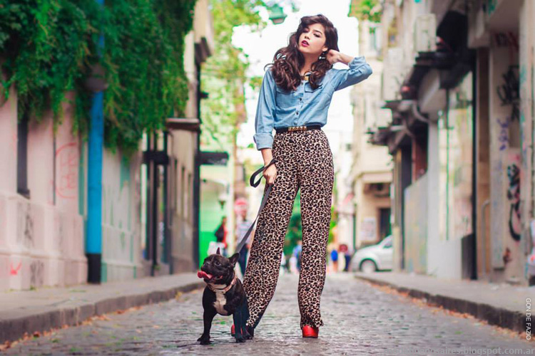 Palzzo en animal print + camisa clásica de jean, de la colección Loli Pop invierno 2014. Moda juvenil.