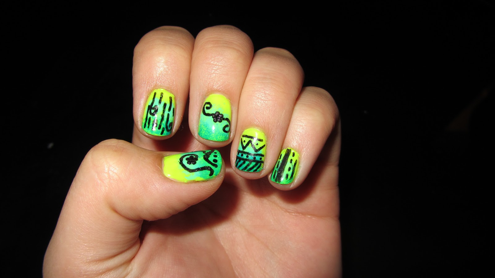 Nail Freak Color Club Neons And Sally Hansen Nail Art Pen