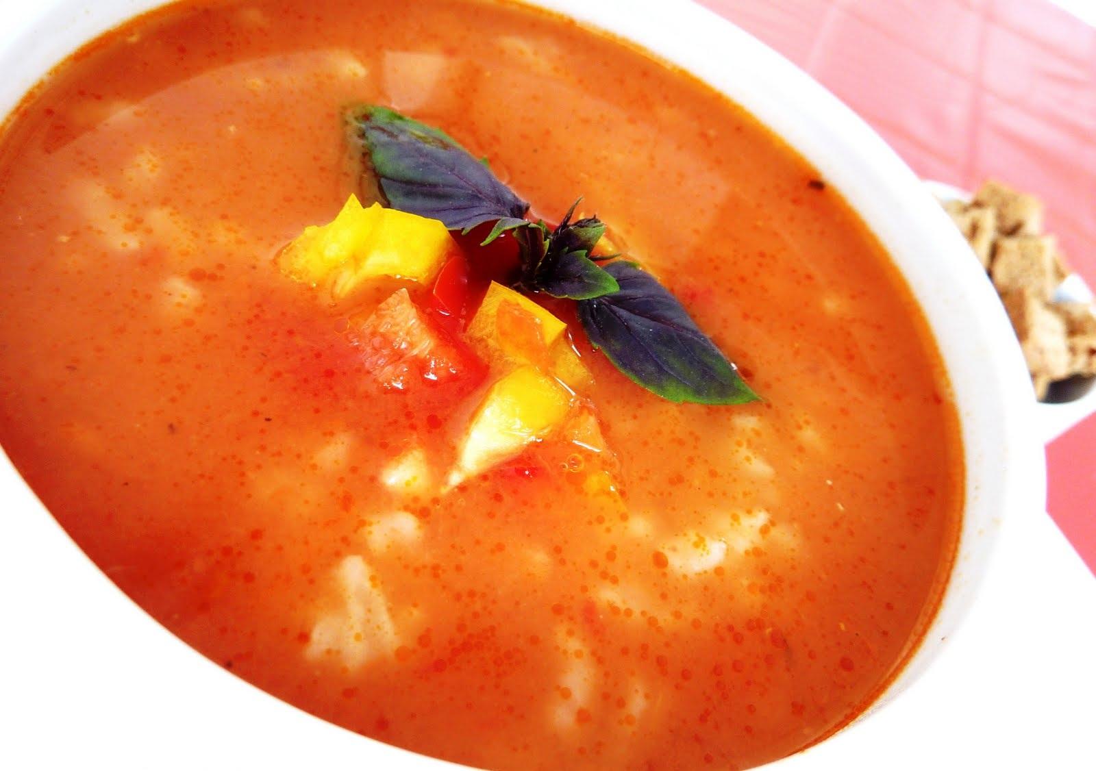 Pirinçli Domates Çorbası Tarifi