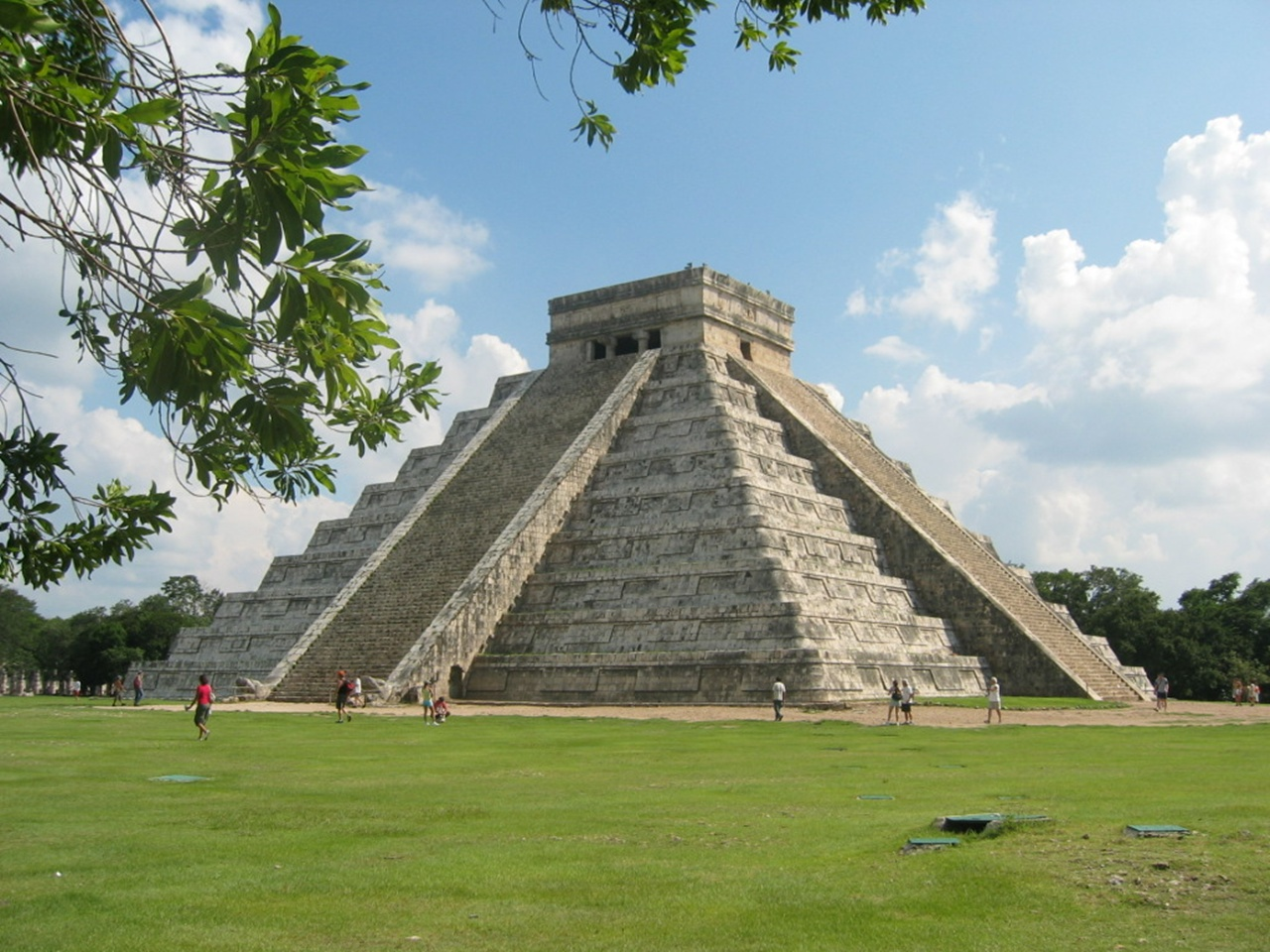 Wallpaper ancient mayan ruins chichen itza mexico  - ancient mayan ruins chichen itza mexico wallpapers