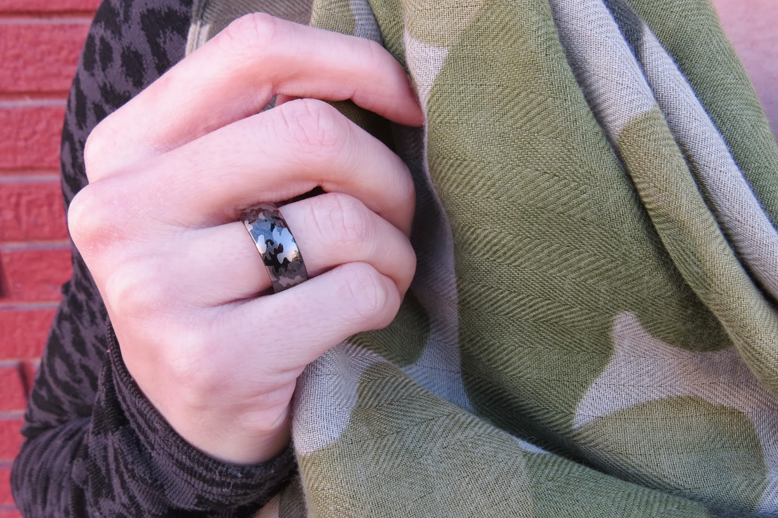 Camo Scarf, Mens Camo Tungsten Ring