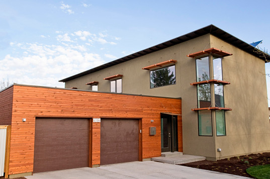 Bring The Old Western Style House To House With Modern