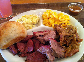 Spring Creek Barbeque Combination Dinner BBQ Barbecue Bar-B-Que Fort Worth DFW