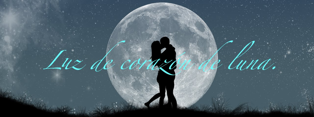 Luz de corazón de luna