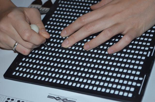 Kabartma tablet ile yazı yazma