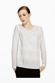great dressy top for someone who has psoriasis on their arms