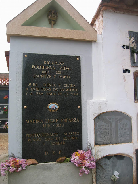 tumba-ricardo-fombuena-vidal