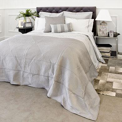 Espacio style c mo vestir una cama - Como colocar cojines en la cama ...