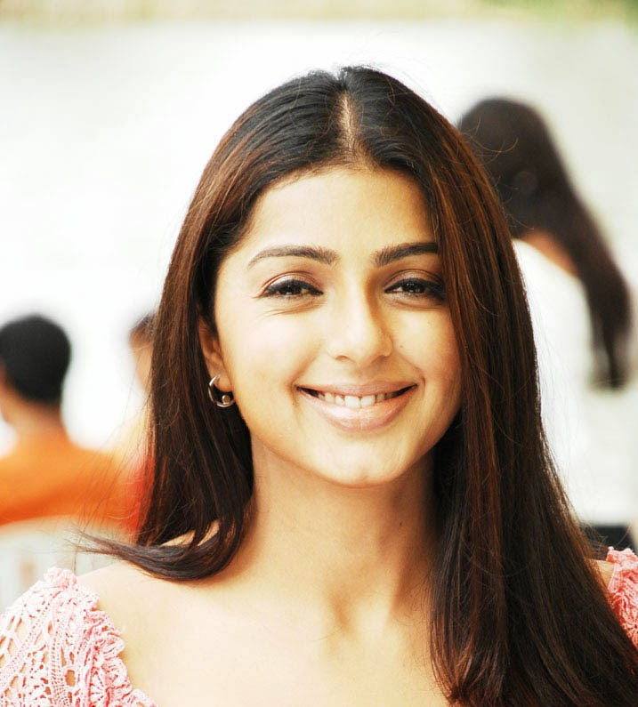 Bhumika Chawla HD Wallpaper