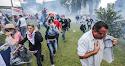 17 heróis: policiais se negam a bater em professor, são presos e dão lição